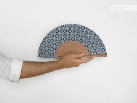 Carreau – Gray Hand Fan – 19 cm – 7.5″